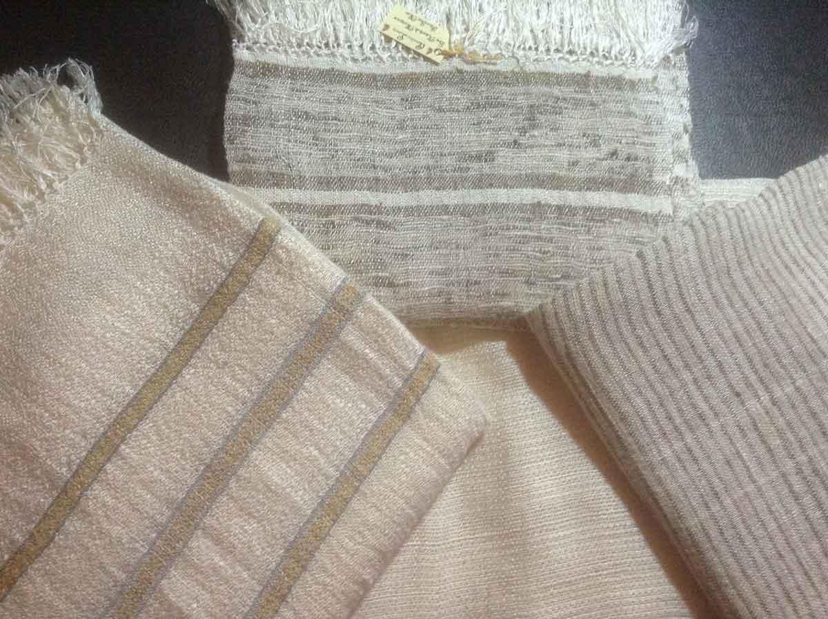 La culture de Madagascar se retrouve dans son artisanat.   Amadea aed03edc2a8