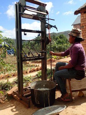 devidage des cocons de soie