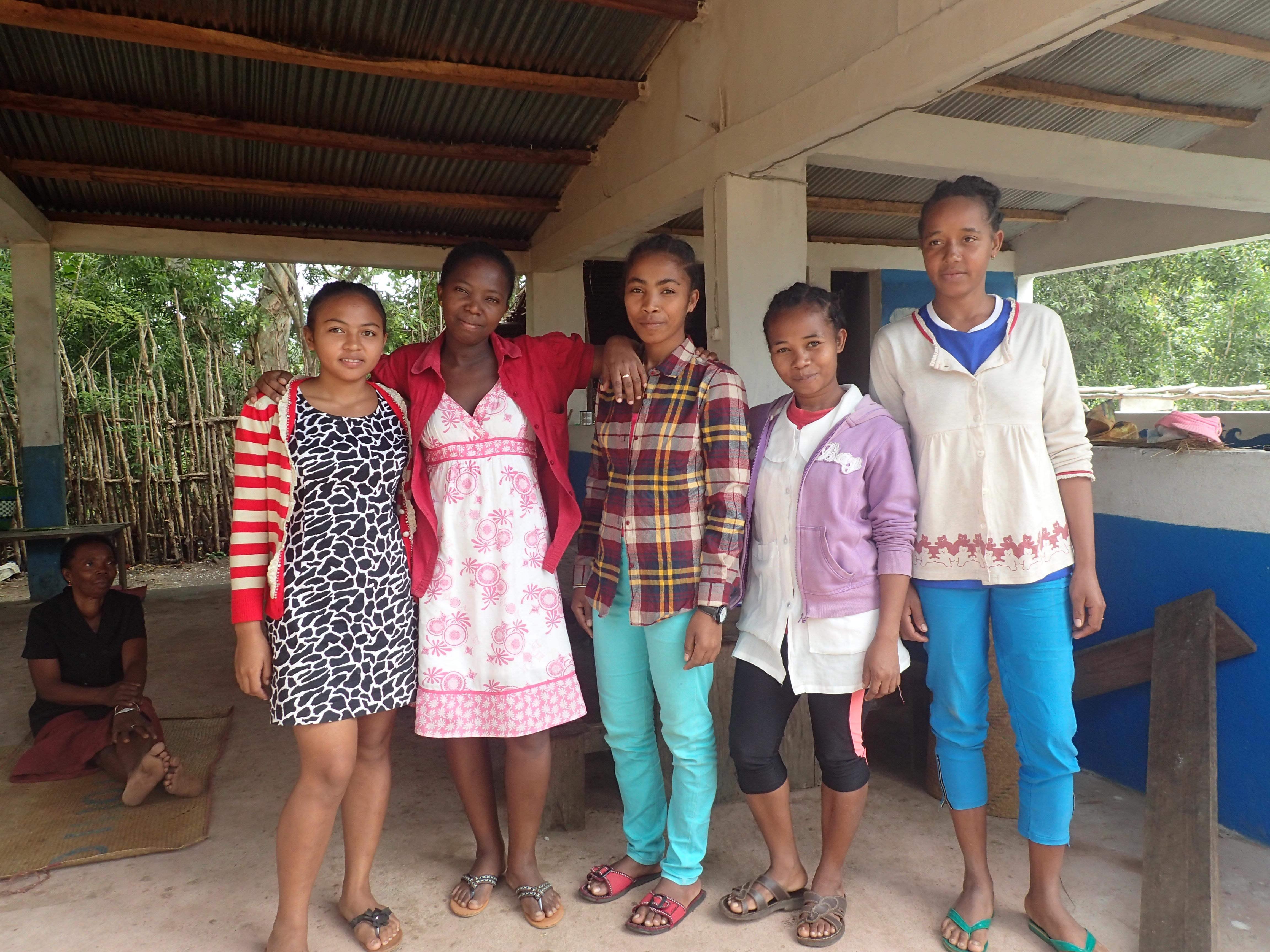 Institutrices de l'école Mahambo